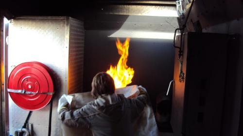0220 Y a un feu chez vous